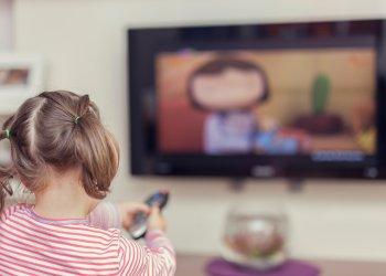 Скільки рухатись, спати і дивитись мультфільми дітям до 5 років: рекомендації ВООЗ