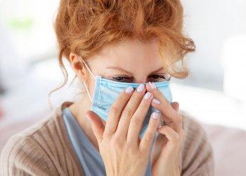Ученые выяснили, что лучше всего защищает от заражения при кашле