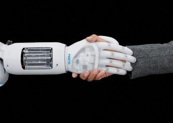 Система, имитирующая настоящую руку, поразила врачей и пациентов уникальными возможностями