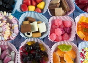 Обилие сахара повреждает механизмы  внутренней защиты кишечника, предупреждают врачи