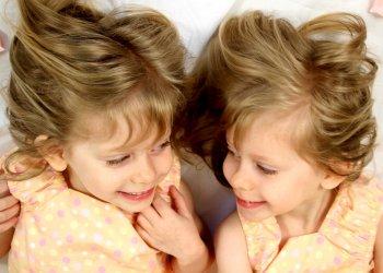 Генетики оценили расхождения в ДНК однояйцевых близнецов