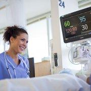 """Компания """"ЕМГ"""" Украина"""" предлагает широкий спектр мониторов состояний пациента Philips"""